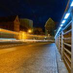 Klausbrücke mit Lichtziehern der Straßenbahn