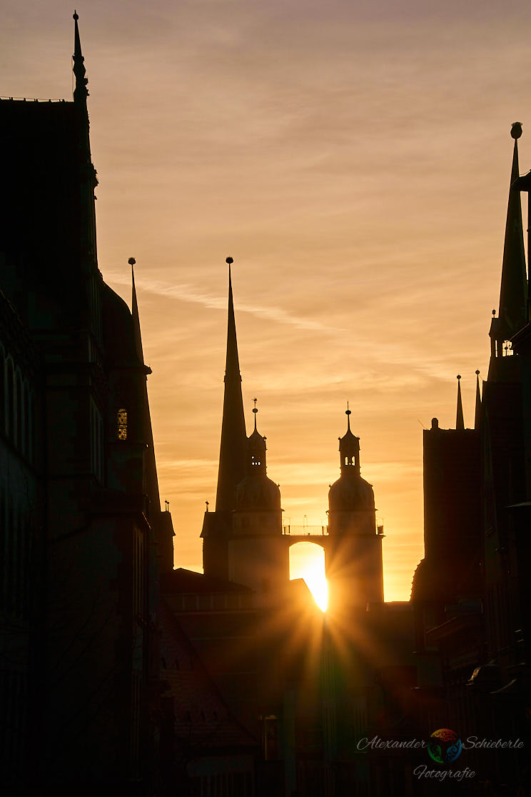 Sonnenuntergang hinter der Marktkirche
