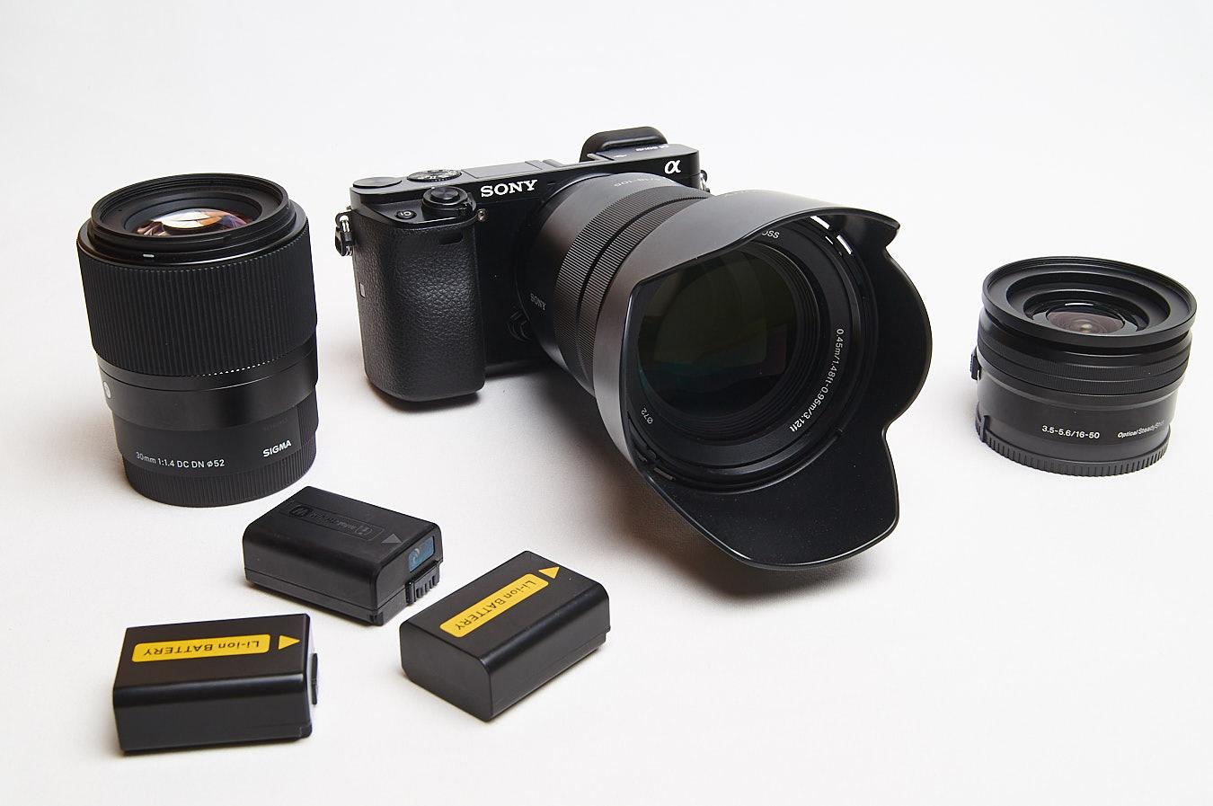 Sony Alpha 6000- Sigma 30mm/SEL16-50/SEL18-105