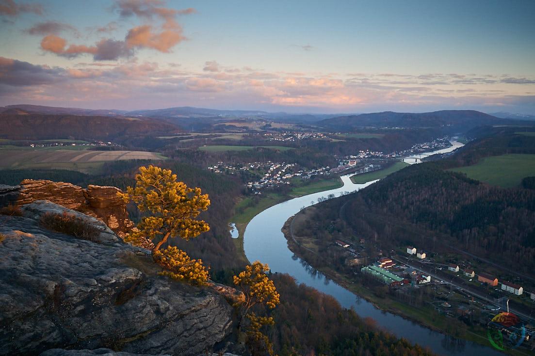Ausblick vom Lilienstein über die Elbe